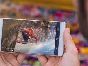 Sony'den iki yeni telefon geliyor