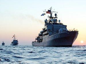 Donanmaya uzak denizler için ikmal gemisi geliyor