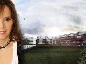 Belediye, iş kadınının otelini kılıfına uydurdu