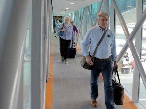 Atatürk Havalimanı'nda 3 yeni köprü hizmete girdi