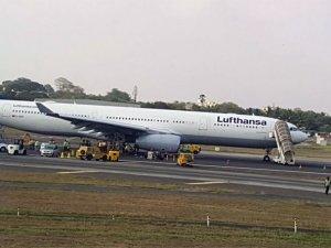 Lufthansa'nın A330'u Bombay'da pistten çıktı