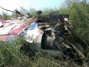 Gösteri uçağı düştü; pilot hayatını kaybetti