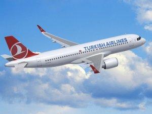 THY'nin yeni uçağı İstanbul'a geldi
