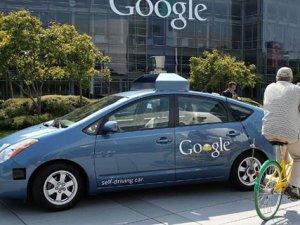 Google'ın sürücüsüz otomobiline yakından bakın