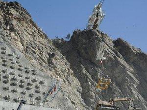 Dünyanın 3'üncü en yüksek barajında çalışmalar yarılandı
