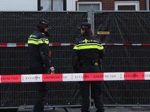 Rotterdam tren istasyonunda bomba paniği
