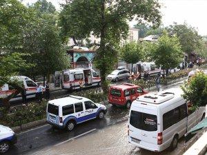 Vezneciler'de polise bombalı saldırı