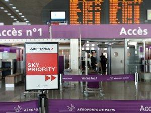 Fransa'daki pilotlar yarın greve başlayacak
