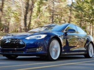 Tesla Model S'in ucuz modelleri tanıtıldı