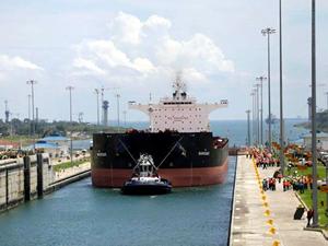 Genişletilen Panama Kanalı'nda ilk deneme geçişi yapıldı