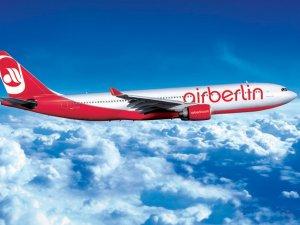 Air Berlin uçağına bomba ihbarı