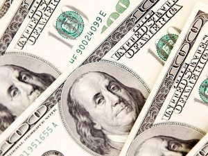 'Brexit durumunda dolar 3,00 seviyesini aşabilir'