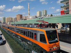Adana'da Lys'ye girecek öğrencilere belediye otobüsleri ve metro ücretsiz