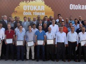 Otokar'dan 448 çalışanına ödül