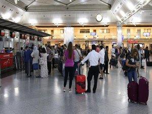Atatürk Havalimanı normale döndü