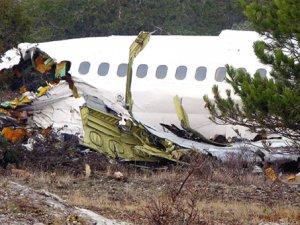 Slovenya'da küçük uçak düştü