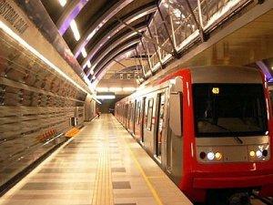 Ankara'da Metro Girişlerinde Güvenlik Alarmı