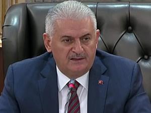 Başbakan Binali Yıldırım: '145 sivil, 60 polis, 3 asker toplam 208 kahraman şehidimiz var'