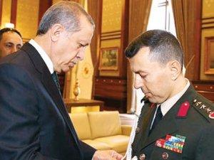 Erdoğan'ın yaveri sahte kimlikle yakalandı