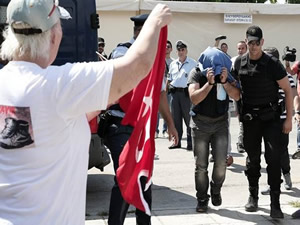 Yunanistan'a kaçan darbeci askerlere iki ay hapis cezası