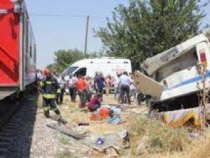 Manisada tren kazası 6 ölü