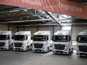 Ekol'ün Avrupa filosuna yeni 150 Mercedes-Benz çekici!