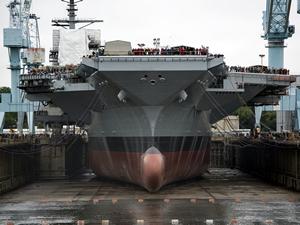 Dünyanın en pahalı uçak gemisi USS Gerald R. Ford'un teslimatı ertelendi