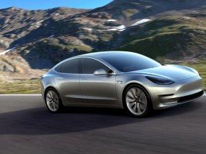 Tesla'dan 20 milyar dolarlık ciro hedefi