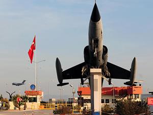 Darbeciler F-16'lara 20'den fazla yakıt ikmali yapmış!