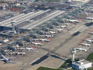 Antalya Havalimanı'nda 300 kişi işten çıkarıldı