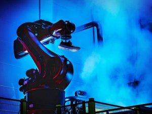 Adidas, robot işçileri devreye sokuyor
