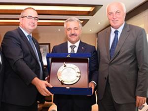 Türk Loydu'ndan Ulaştırma, Denizcilik ve Haberleşme Bakanı Ahmet Arslan'a ziyaret