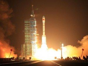 Dünyanın ilk kuantum telekominkasyon uydusu fırlatıldı