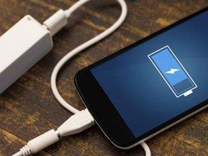 Akıllı telefonların batarya güçleri iki katına çıkıyor!