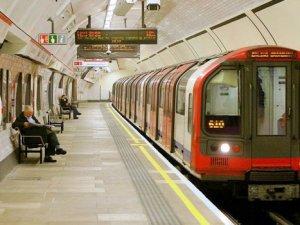 Londra metrosu hafta sonları 24 saat sefer düzenleyecek