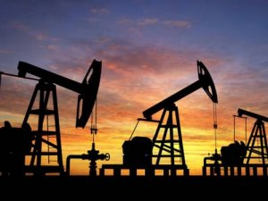 Brent petrol bir haftanın en düşüğüne geriledi