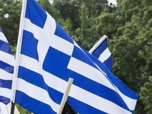 Yunanistan deflasyondan çıkamadı