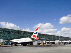 Havalimanı apronunda kaza