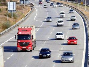 TEM Otoyolu'nun Ankara yönü 20 gün trafiğe kapalı
