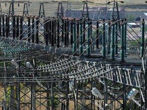 Elektrik dağıtım sektörüne standart geliyor