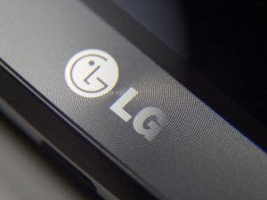 LG G6, Düz OLED Ekranla Gelecek