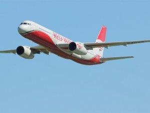 Antalya'dan kalkan Red Wings uçağı acil iniş yaptı