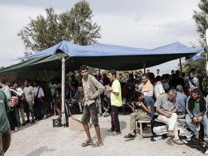 Yunan adalarında göçmen sayısı 15 bini aştı
