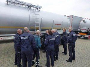 TIRSAN Alman Trafik Polis gücüne yük güvenliği anlattı