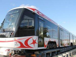 Bursa'da üretilen yerli tramvay Samsun'a geldi