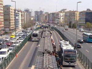 İstanbul'a yeni bir metrobüs hattı geliyor