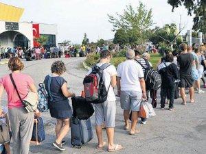 Antalya Havalimanı'nda düşüş devam ediyor