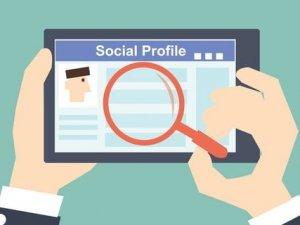 Facebook LinkedIn'e rakip olacak!