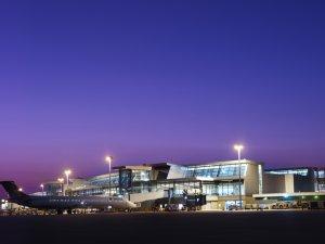 Havalimanında silahlı saldırı