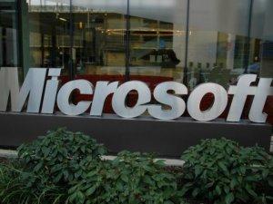 Microsoft, Linux Vakfı'na üye oldu